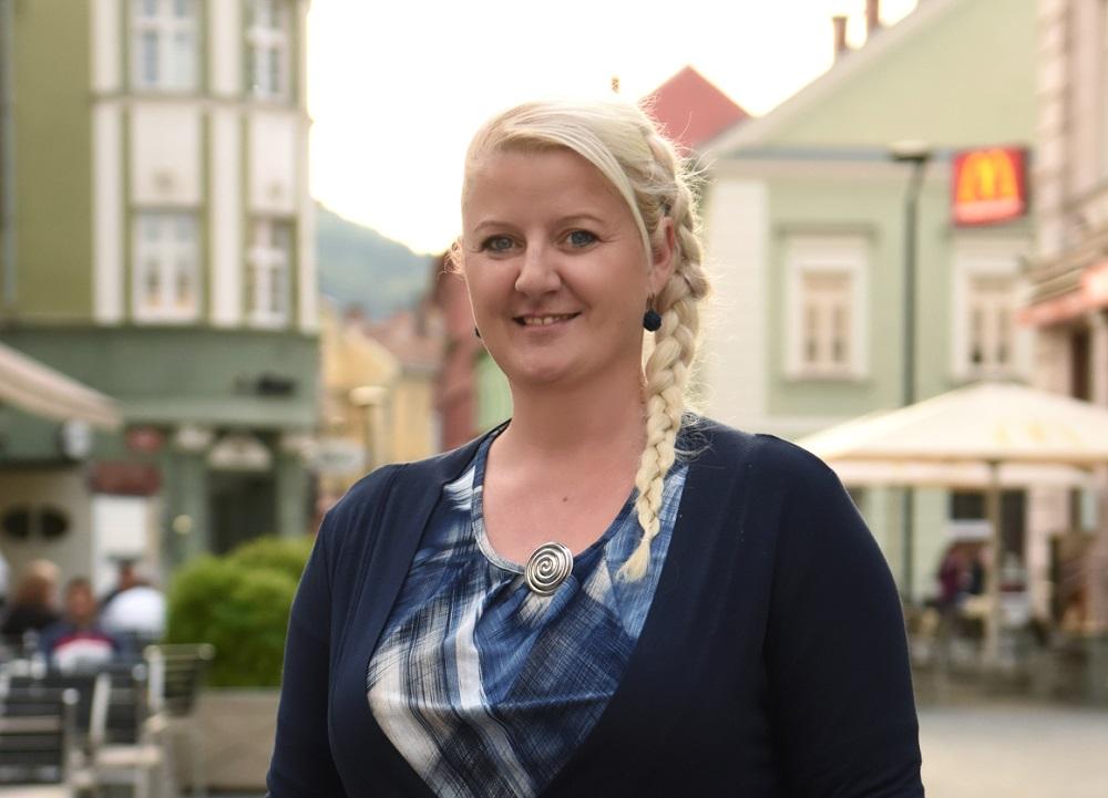 Petra Lipičnik